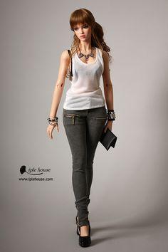 EID_Woman Gray zipper jean