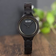 Sporty Watch, Watch One, Change Maker, Elegant Watches, Natural Rubber, Sporty Look, Wood Watch, Watch Bands, Bamboo