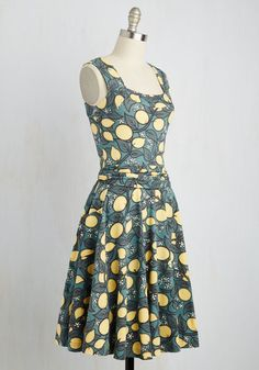 Guest of Honor Dress in Lemon Tree. You'll be flooded with invitations when exhibiting this finely tailored frock by California-based brand Effie's Heart! Unique Dresses, Cute Dresses, Summer Dresses, Retro Vintage Dresses, Modcloth, Frocks, Fashion Dresses, Two Piece Skirt Set, Fancy