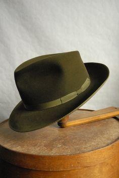 Vintage 60 s Beautiful Green Fur Felt German Made Fedora Hat UK 7 94aa688cf0d