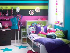 Dormitorio de Ikea para adolescentes: ¡explosión de color! http://ini.es/1mvUrBl #CómoDecorarDormitorio, #DecoracionIkea, #DormitorioAdolescente, #DormitoriosIkea