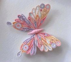 Could try quilling/bk pg crafts of things from fav. 3d Quilling, Quilling Tutorial, Quilling Butterfly, Paper Quilling Flowers, Quilling Animals, Paper Quilling Patterns, Quilled Paper Art, Quilling Jewelry, Quilling Paper Craft