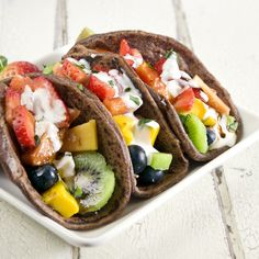 Easy, delicious and healthy Fruit Tacos with Chocolate Tortillas recipe from SparkRecipes. See our top-rated recipes for Fruit Tacos with Chocolate Tortillas. Healthy Fruits, Healthy Snacks, Healthy Recipes, Eating Healthy, Yummy Recipes, Amazing Recipes, Pie Recipes, Recipies, I Love Food