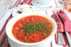 Ukrainischer Borschtsch #Borschtsch #Suppe #Osteuropa #Ukraine Ukraine, Ethnic Recipes, Food, Soups And Stews, Stew, Eastern Europe, Food Food, Essen, Meals