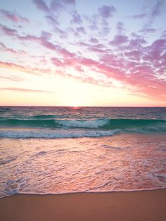 1 Hour Powerful Healing Theta Wave Binaural Beats music blended with the tranquillity of ocean waves. Use this relaxing music in the background for Deep Slee. Ocean Beach, Ocean Waves, City Beach, The Ocean, Ocean Sunset, Beach Pictures, Nature Pictures, Surfing Pictures, Beautiful Sunset