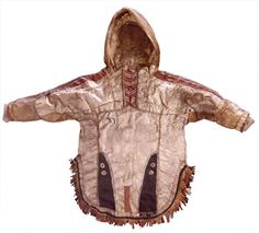 This jacket looks like Couture, reversible & made of luxe pearlized pink-metallic leather but it's not. It's a Qasperrluk, Yup'ik for fish skin parka. Leather Skin, Metallic Leather, Aboriginal History, Flora Und Fauna, Indian Accessories, Man Of The House, Folk Clothing, Festival Costumes, First Nations
