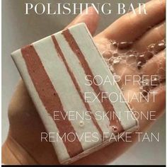 💥Siap-free Body Exfoliating Cleansing Bar💥 For unimaginable smoothness❗ A soap-free cleanser with exfoliant gently polishes skin removing dirt and excess oil and improving tone and texture.👌 With a deep woody fragrance. Suitable for all skin types. Beauty Skin, Health And Beauty, Glacial Marine Mud, Dark Eye Circles, How To Clean Makeup Brushes, Fake Tan, Body Hacks, Even Skin Tone, Epoch