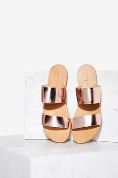 Urge Kora Leather Sandal