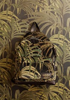 Eastpak-x-House-of-Hackney_fy7