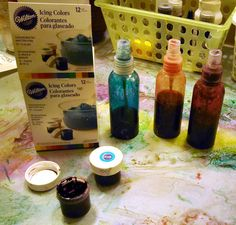 """Tutorial: DIY """"dylusions"""" spray ink made from gel based food coloring!"""