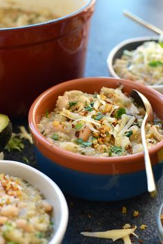 When you need a warm meal to thaw out your bones, this White Chicken Quinoa Chili is just what you need! It's made with chicken breast, quinoa, white beans, and salsa verde.