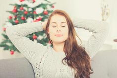 5 TIPS TO MANAGE HOLIDAY STRESS AND FAMILY HOLIDAYS BETTER