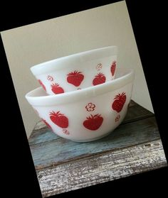 Pyrex strawberry bowls. I adore these.