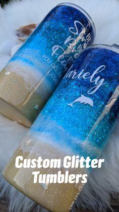 Diy Tumblers, Custom Tumblers, Glitter Tumblers, Epoxy, Beach Cups, Uses For Vicks, Vicks Vaporub Uses, Cricut Craft Room, Glitter Cups