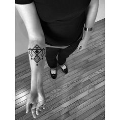 #Artdeco #geometric #cuff for Vanessa! Thank you! #benvolt #blackwork #tattoo #tattoos #graphicdesign #deco #geometry #2spirittattoo #sanfrancisco