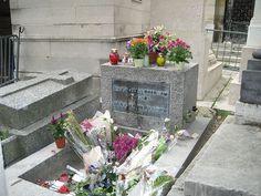 * Grave of Jim Morrison * # Père Lachaise Cemetery. # Paris, França.