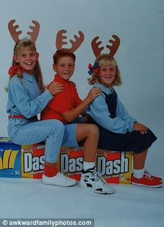 Awkward Christmas family photo... a style that proves fashion goes out of fashion :)