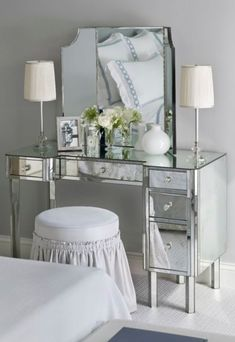 Cool Bedroom Makeup Vanity with Lights | make up vanity, vanity desk, console, bedroom vanity, bathroom vanity … The post Bedroom Makeup Vanity with Lights | make up vanity, vanity desk, c ..