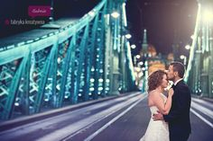 night wedding photo session