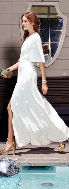 Designer fashion | Halston Heritage Resort 2016 Runway Fashion, Fashion Models, Fashion Trends, Street Fashion, Latest Fashion, Halston Heritage, White Fashion, Luxury Fashion, Spring Summer Fashion