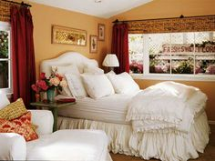 Romantic Bedroom Theme for a Couple | fill the bedroom with color important themes of romantic bedroom ...