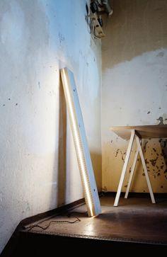 #Northern Lighting #Plank #lamp Is Een Verwijzing Naar De Traditionele  #pallet.