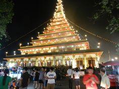 Coucou les Amies!! Me voilà de retour de mes vacances en Thailande, plus précisément Khon-Kaen région EST ,là ou réside mon garçon et sa famille,et une excursion de quatres jours à Chiang-maï!De jolies contrées Thailandaises aux multiples facettes, très...