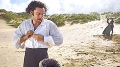 Go on set with the cast of Poldark to see some of their most relaxed and entertaining moments. Poldark Series 4, Poldark Cast, Poldark 2015, Demelza Poldark, Ross Poldark, Ross And Demelza, Winston Graham, Aidan Turner Poldark, Aiden Turner