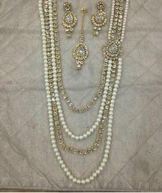 Pearl and Goldtone Rani Haar