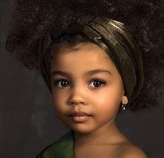 Ain't she adorable? Cute little princess Isn't she beautiful? Cute Mixed Babies, Cute Black Babies, Beautiful Black Babies, Beautiful Children, Beautiful Eyes, Cute Babies, Curly Hair Care, Curly Hair Styles, Natural Hair Styles