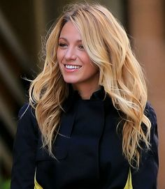 Blake Lively. Hair and make-up perfection