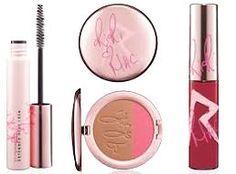 MAC Must Haves - The MAC makeup products you need in your makeup bag. Mac Makeup Set, Mac Makeup Brushes, Best Mac Makeup, Latest Makeup, Eye Makeup, Makeup Guide, Makeup Tools, Makeup Products, Hair Products