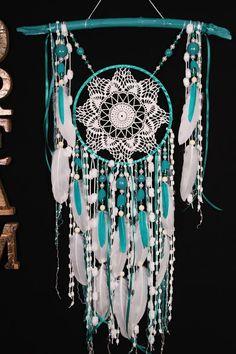 Turquoise Dreamcatcher Boho Dream Catcher grand crochet dreamcatcher cadeau mariage cérémonie photo décor bohème Dreamcatcher fait à la main Environ 52-69 cm La forme de la branche naturelle peut être partiellement différente le mot DREAM - pas à vendre C