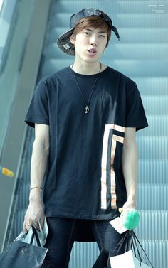Dongwoo - Airport Fashion 150509