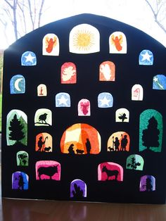 Stained glass Advent Calendar - Love it! Make it at advent event and hang in the glass hallway Christmas Nativity, Noel Christmas, All Things Christmas, Winter Christmas, Christmas Ornaments, Nordic Christmas, Modern Christmas, Diy Halloween Dekoration, Advent Activities