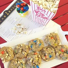 And the award for best cookie goes to... PIPCORN and M&M cookies  ... @shelleyssweetside made this AWESOME cookie to munch on during the Oscars. Check out her page for the Recipe! #Recipip   https://www.instagram.com/p/BCWOoj3RuQx/?taken-by=shelleyssweetside