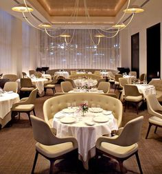With star restaurant in NYC, located in Trump Hotel & Tower New York, guests can enjoy premier dining without leaving the building. The Columbus Circle restaurant features a fine dining experience in NYC like no other.