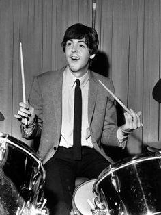 mccartney Number ➒ Beatles Band, The Beatles, Paul Mccartney, Just Good Friends, The White Album, Beatles Photos, Sir Paul, Teddy Boys, Ringo Starr