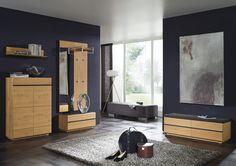 Garderobe aus Wildeichenholz für Ihren einladenden Eingangsbereich