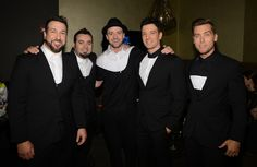 SQUEEEEEE!!!! -- Last night: | These Pictures Of NSYNC Reunited Back Stage Will Basically Make You Die