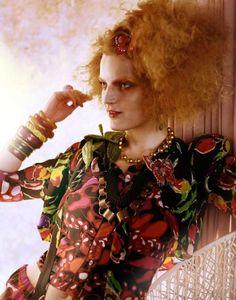 """L'Air Du Temps"" : Guinevere Van Seenus : Vogue UK April 2011 : Javier Vallhonrat Guinevere Van Seenus, Vogue Uk, Girls Together, New Paris, My Favorite Image, John Galliano, Mixing Prints, Fashion Pictures, Red Hair"
