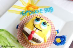 Spongebob Cupcakes with Frosting Cupcake Recipes For Kids, Easy Cake Recipes, Easy Healthy Recipes, Cupcake Icing, Cupcake Bakery, Frosting, Cupcake Wars, Sponge Bob Cupcakes, Paleo Cupcakes