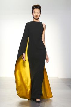 Renato Balestra Ready Couture Spring Summer 2018 Dubai – Expolore the best and the special ideas about Spring couture Arab Fashion, Fashion Week, Look Fashion, High Fashion, Fashion Design, Africa Fashion, Fashion Ideas, Sporty Fashion, Dubai Fashion