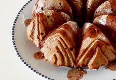 Pojďte s námi zdravě jíst a být fit! Apple Pie, Sweet Recipes, Pancakes, French Toast, Breakfast, Fitness, Morning Coffee, Pancake, Apple Pie Cake