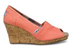 want. #shoes #toms