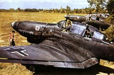 Junkers Ju 87 Stunker - WW@ German fighter an light bomber Luftwaffe, Ww2 Aircraft, Military Aircraft, German Soldier, Photos Originales, Ww2 Pictures, Color Pictures, Aircraft Painting, Ww2 Planes