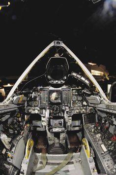 SUBDUB: rocketumbl: From The Driver's Seat F-35 F-22 ...