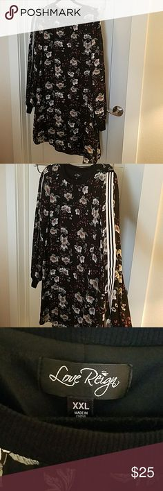 Casual, plus size dress. Round neck black dress with pretty flowers. love and reign Dresses Long Sleeve
