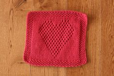 Heart Washcloth by Eileen Casey - free download on Ravelry