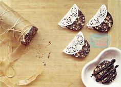 Çikolata dilimleri, çikolatalı tatlı, bisküvili pasta, bisküvili tatlı, kuruyemişli tatlı